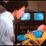 Le nourrisson capable d'imitation (Metzoff & Moore)
